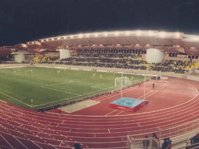 Stade louis ii for Piscine stade louis 2
